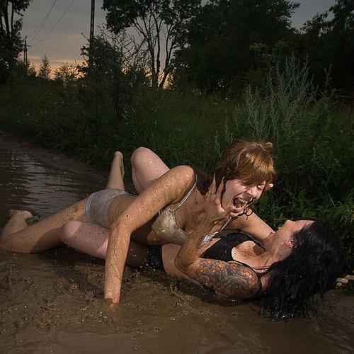 Lotta nel fango